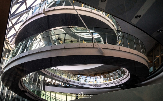 Photo Spiraled Stairs