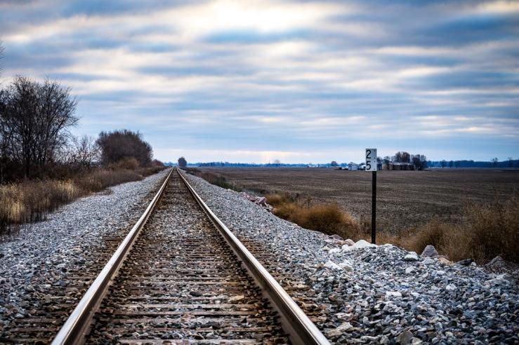 Photo Railroad Tracks