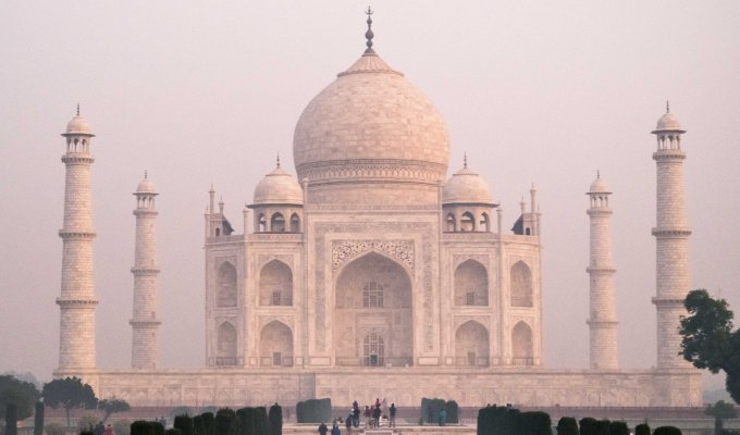 India Travelogue: On ToAgra